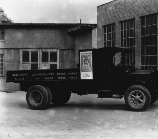 A Security Mills feed truck in Knoxville, Tennessee, several decades before my time there. (Source)